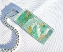 Green leaf tile pendant by inchworm