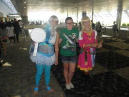 Otakon 2013 - Navi and Zelda by mugiwaraJM