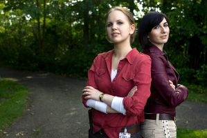 Uncharted Cosplay Elena Fisher and Chloe Frazer by LadyofRohan87