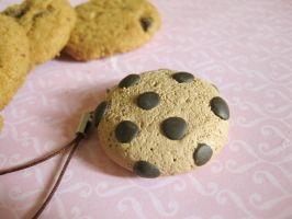 Chocolate Chip Cookie Charm 01 by sunnyxshine