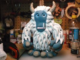 MY Horned Yeti by hellgnome