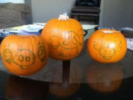 Angry Birds pig pumpkins by drunkonayle