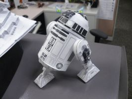 Papercraft R2D2 by Darkf0rgd