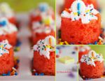 Mini Strawberry Cake by theresahelmer