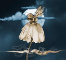 Ghostly Bee by Ghmork