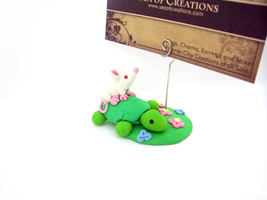 Rat on a Turtle by SeaOfCreations