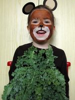 A bear dressed in kale. by F-A