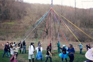Run to the Maypole by BengalTiger4