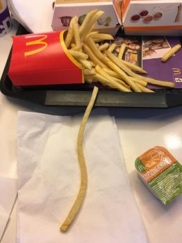 Mcdonalds why u do dis by BlitsAzalisDash