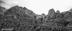 Rolling Red Rock Mountains BW by mjohanson
