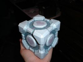 The Weighted Companion Cube by kennysback
