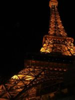 Paris Night Light by TimelordWitch10