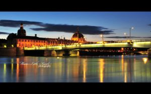 Lyon by night by Initio