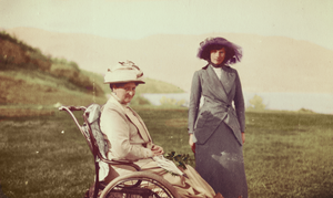 Empress Alexandra and Grand Duchess Tatiana by KraljAleksandar
