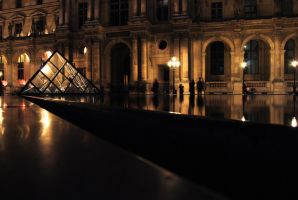 Outside the Louvre at night by sunflower983