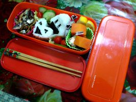 Crispy Sakana Onigiri Love Bento by plainordinary1