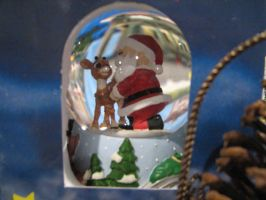 Santa and Rudolph Snow Globe by TaionaFan369