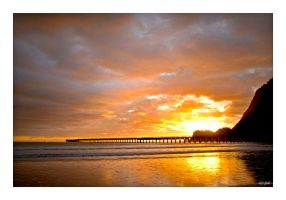 Tolaga Bay Pier 3 by anjules