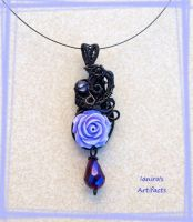Vintage goth wire wrapped pendant by IanirasArtifacts
