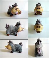 Little Wild Boar Figurine by Arferia