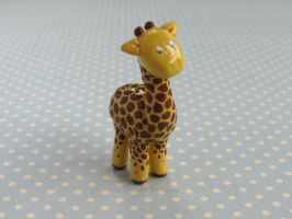 Little Giraffe by candymonsters