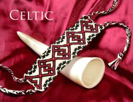 Bracelet Celtic 2 by Gwedair