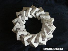 Origami ring of boxes by MuggleHater