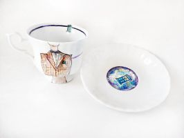 11th Doctor teacup and plate by cydienne