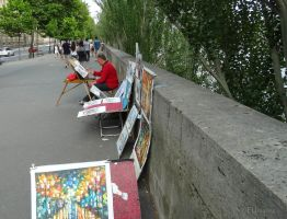 Street artist in Paris by EUtouring