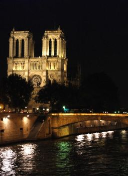 notre-dame by erinna-dionysos