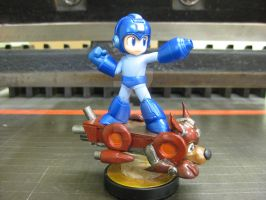 Megaman and Rush Amiibo Custom by Scorpius007