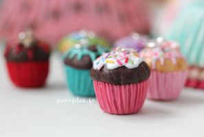 New Cupcake Pendants 1 by PetitPlat
