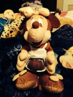 Minnie Mouse Holding Chocolate Plush by SoniatheHedgehog365