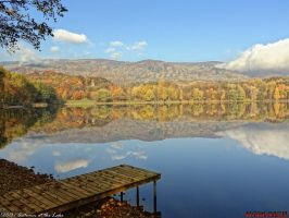 Autumn at the Lake by PaSt1978