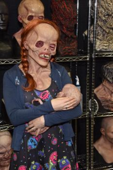 Monsterpalooza Mother's Love by Leshii203