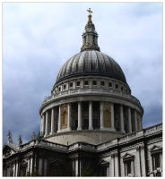 St Paul's Cathedral by LornaDoone