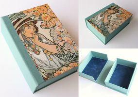 Mucha Jewellery Box by GatzBcn