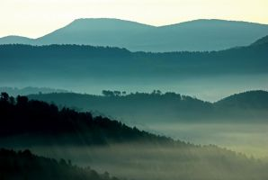Mist in the mountains by JacquesIcard