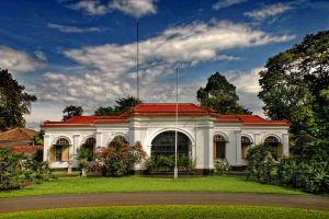 Bogor Mini Palace by ganmare