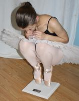 Ballerina by anorexic-butterfly55