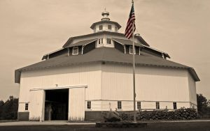 Michigan Octagon Barn by elektronika7