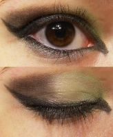 Green + Black - Make up by ImHerMonster