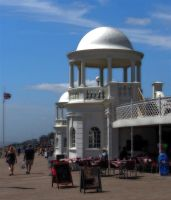 seafront Bexhill by awjay
