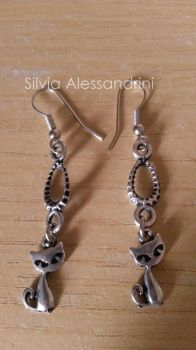 Cat earrings by SilvieTepes