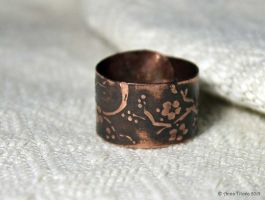 Sacura Small Ring by Egarimea