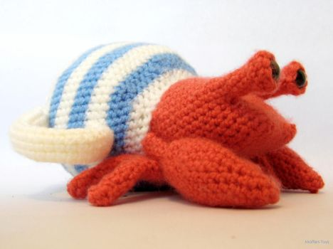 Hermit Crab in a Teapot by MaffersToys