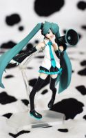 figma: Hatsune Miku - Love is War ver. by handockgirl