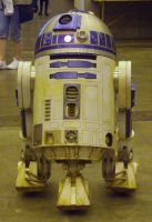 Dirty R2-D2 by lunamaxwell