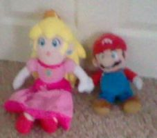 mario and peach plushies by MarioXMariana