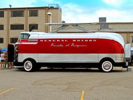 1939 GMC FuturLiner by musksnipe